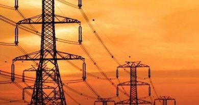 مفاوضات مع ثلاث دول لربط مشاريع الكهرباء مع العراق
